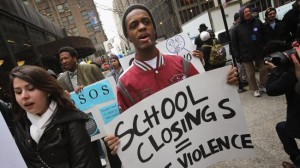 school-closing-protest-in-chicago